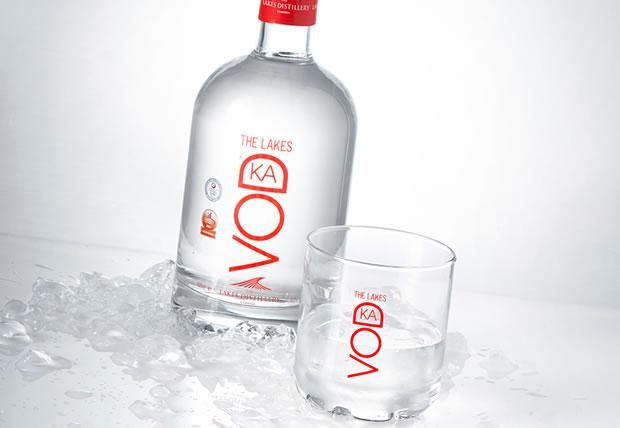 the-lakes-vodka-bottle-big
