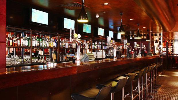 frankies sports bar