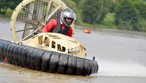 hovercraft racing in manchester stag party activity 1