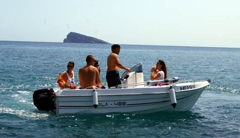 mini speedboat hire