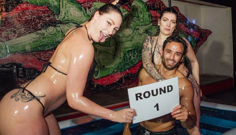 oil wrestling in berlin stag party activity 1