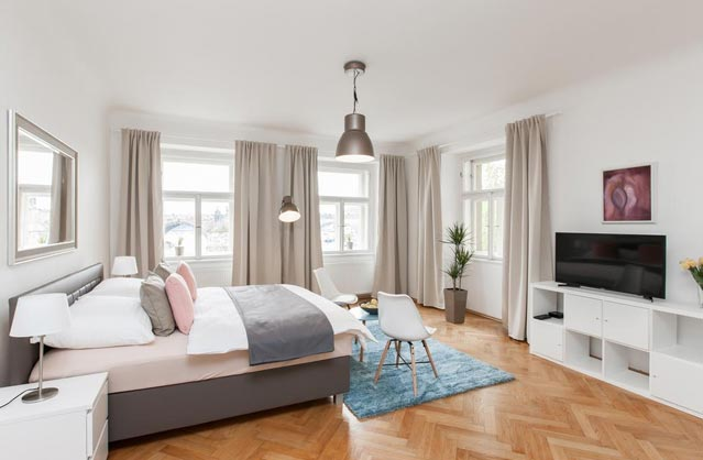 Charles Bridge Apartments